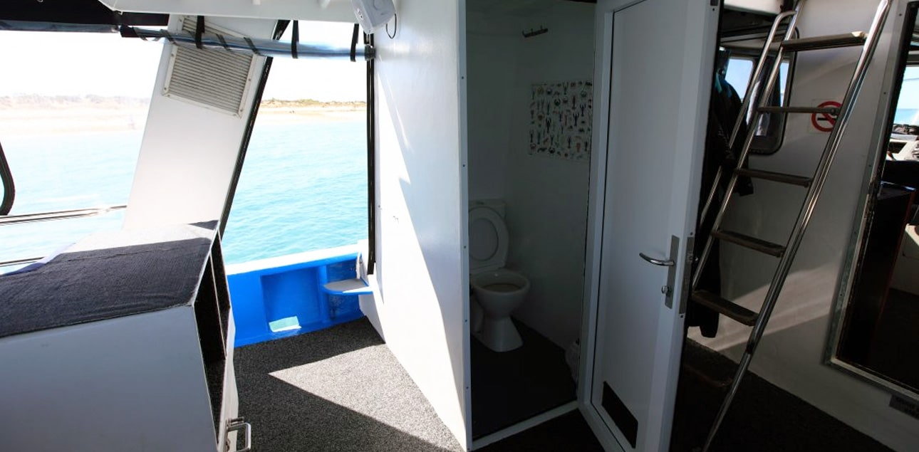 Dive Ningaloo - Ceto Toilet
