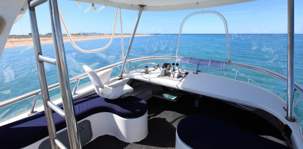 Dive Ningaloo - Flybridge Ceto
